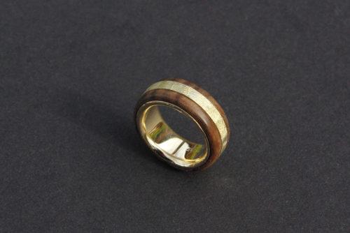 Nussholz Ring
